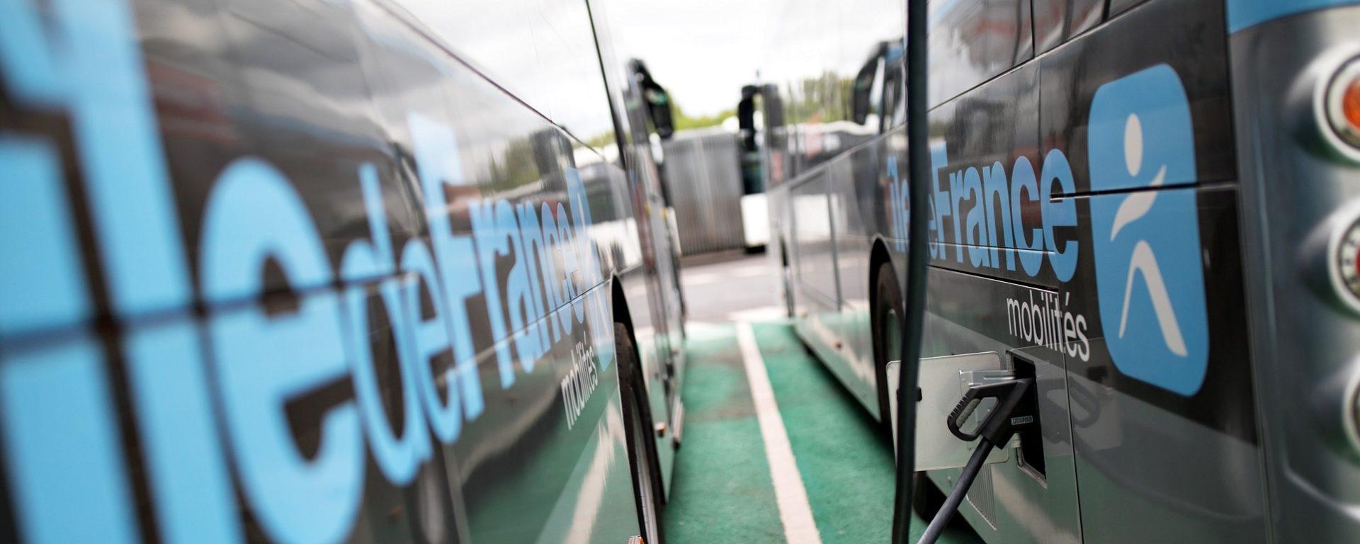 Transdev TVO Ile de France mobilités STIF bus électrique electric charge rechargement prise branchement the mobility company zéro émission